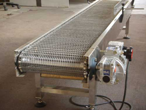 Stainless-steel-mesh-belt-mesh-chain-conveyor-assembly-line-of-food-grade-network-chain-assembly-line